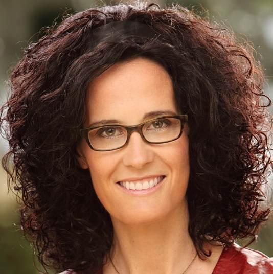 Claudia Steil